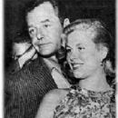 Gig Young and Elizabeth Montgomery