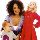 Karyn Parsons with her Children - 454 x 692