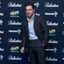 David Bustamante- 40 Principales Awards Photo Call - 397 x 594