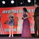 Ayakli Gazete TV Stars Awards - 454 x 301