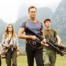 Brie Larson – 'Kong: Skull Island' Stills 2017 - 454 x 303