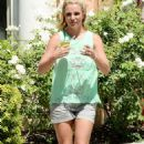 Britney Spears Out For Lunch In Calabasas