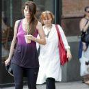 Mischa Barton - Walks Her Dog With Friends In New York City, 2009-08-17