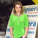 Ludwika Paleta: cute fluo green top
