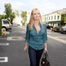 Jaime Pressly Leaving A Hollywood Hair Saloon - Sep 29 2007