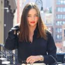 Miranda Kerr – Out and about in New York - 454 x 788