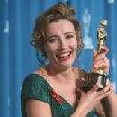 Emma Thompson At The 65th Annual Academy Awards (1993) - 300 x 451
