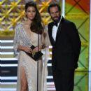 Jessica Biel : 69th Annual Primetime Emmy Awards - 399 x 600