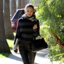 Kelly Brook - out and about in Hollywood - 04/02/11