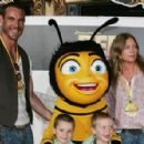 "Aaron Jeffery and Peta Wilson and family attends the Australian Premiere of ""Bee Movie"" at the State Theatre on November 19, in Sydney."