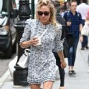 Chloe Sevigny in Blue Floral Dress in New York City - 454 x 785