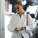 Hailey Bieber – Arrives at a skincare clinic in Beverly Hills
