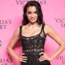 Kelly Gale – 2018 Victoria's Secret Viewing Party in New York - 454 x 681