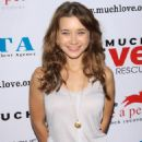 Olesya Rulin - 3 Annual Much Love Animal Rescue Bow Wow Wow Hollywood Event At The Lot On August 22, 2009 In West Hollywood, California