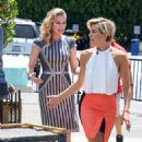 Rebecca Romijn On The Set Of Extra At Universal City