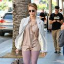 Newly Blonde Jessica Alba Lunches at Katsuya