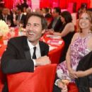 Eric McCormack and Janet Leigh Holden McCormack - 454 x 343