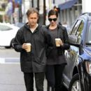 Anne Hathaway and her husband Adam Shulman out and about in Beverly Hills on January 06, 2015 - 428 x 600