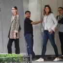 Kaia Gerber – Shopping for a new apartment in New York City - 454 x 471