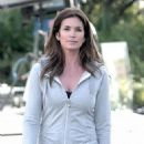 Cindy Crawford - LOS ANGELES, CALIFORNIA – Sunday Janaury 30 2011