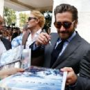 Jake Gyllenhaal-September 2, 2015-'Everest' Photocall - 72nd Venice Film Festival - 454 x 310