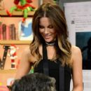 Kate Beckinsale on The Set Of Univision's 'Despierta America' - 416 x 600