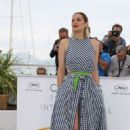 Marion Cotillard – 'Angel Face' Photocall at 2018 Cannes Film Festival - 454 x 681