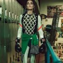 Hilary Rhoda - Harper's Bazaar Magazine Pictorial [Turkey] (January 2017) - 454 x 672