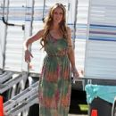 Jennifer Love Hewitt is all smiles on the set of her hit show