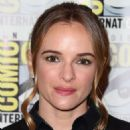 Danielle Panabaker – 'The Flash' Press Line at Comic Con San Diego 2019 - 454 x 681