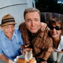 Jerry Stiller, Kevin James and Leah Remini in The King of Queens.