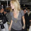 Kate Moss Arrives - The Dorchester Hotel In London 2008-06-20