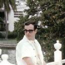 Brian Epstein - 312 x 479