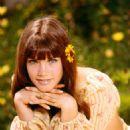 Barbi Benton - 454 x 568