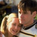 Jim Carrey and Laura Linney