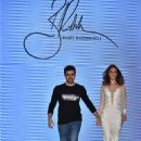 Demet Sener : Rasit Bagzibagli Fashion Show -  Istanbul Fashion Week  - Runway