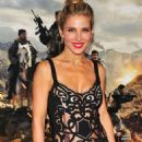 Elsa Pataky – '12 Strong' Premiere in New York City - 454 x 651