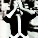 Elle Macpherson - Vogue Magazine Pictorial [United Kingdom] (October 1989) - 454 x 639