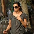 Famke Janssen And Licorice Go For A Walk In New York City - Sep 27 2006