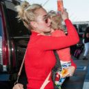 Hayden Panettiere at LAX airport in Los Angeles - 454 x 701