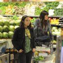 Ellen Page - Shops At Whole Foods - April 3 2008