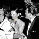 Kirk Douglas and Gene Tierney - 454 x 332