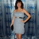 Autumn Reeser - People's Choice Awards in LA - 05.01.2011 - 454 x 681