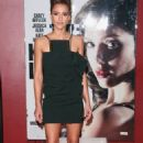 Jessica Alba Kills in Paris