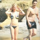 Zeta Makrypoulia and Michalis Hatzigiannis: on the beach