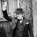 Winston Churchill - 352 x 456