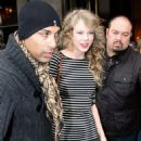 """Taylor Swift Signs On for Dr. Seuss' """"The Lorax"""""""