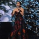Martina McBride-November 10, 2011-Country Christmas - 454 x 561