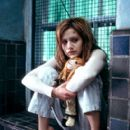 Brittany Murphy as Elisabeth Burrows, a young woman traumatized at an early age by witnessing her father's murder and institutionalized for a decade, in 20th Century Fox's Don't Say A Word - 2001