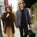 Dorothea Hurley and Jon Bon Jovi - 454 x 619